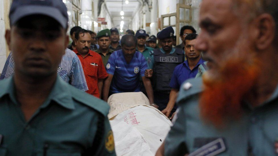 Body of Mr Dipon brought to Dhaka hospital - 31 October
