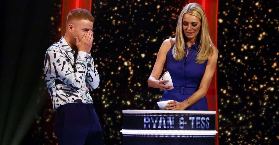 A contestant with Tess Daly on Game of Talents