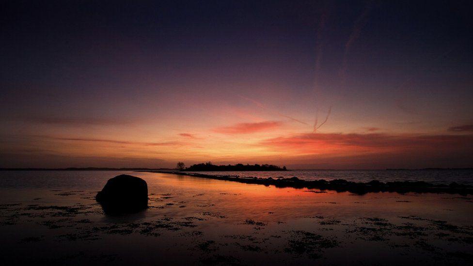 A mid-March dawn breaking in Island Hill, Strangford Lough