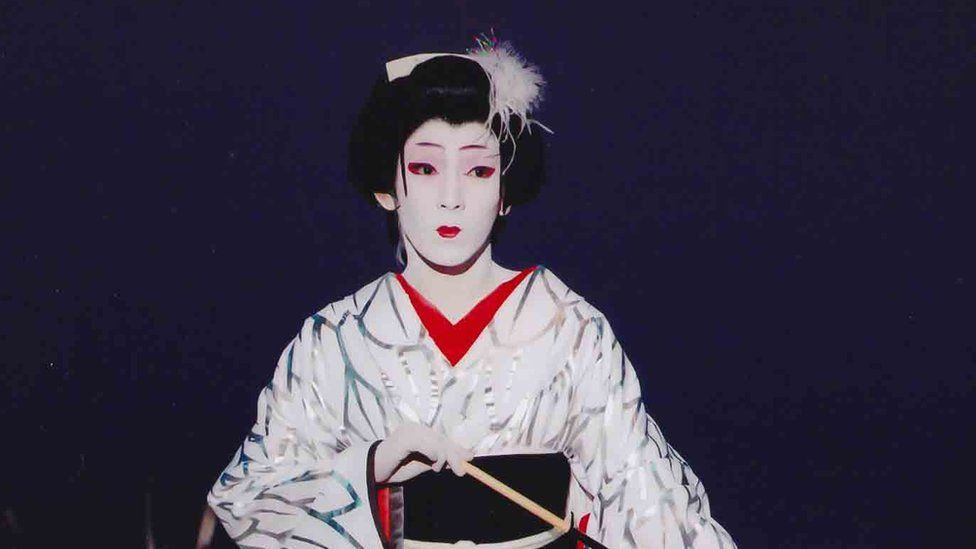 An onnagata performer in Japanese Kabuki theatre