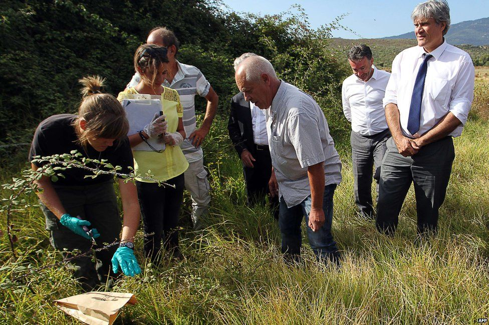 French Agriculture Minister Stephane Le Foll at site of Xylella infection, 29 Jul 15
