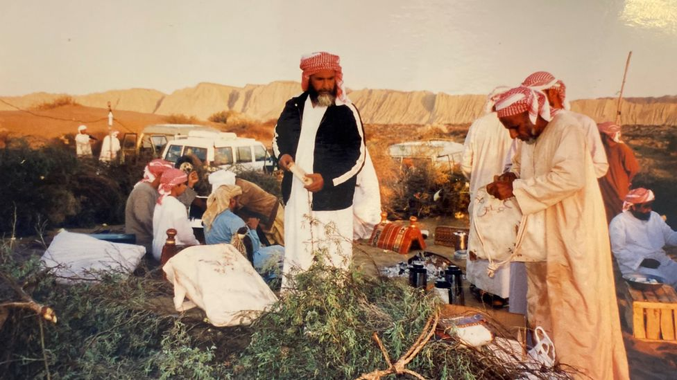 Sheikh Bin Suroor's party preparing to cook houbara bustards in the late 1980s
