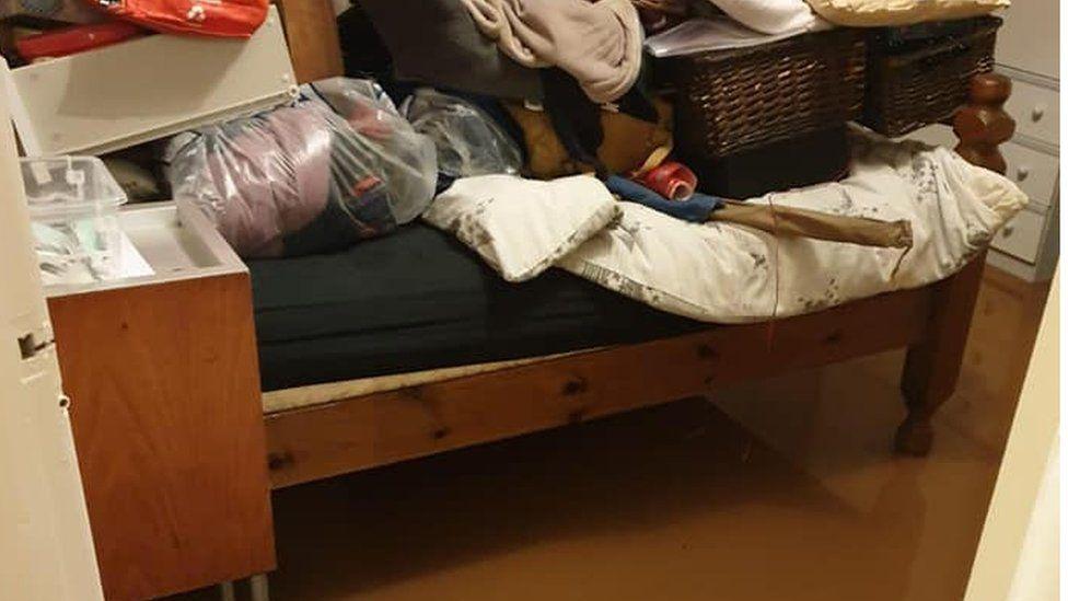 The Allartons' bedroom