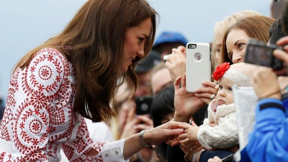 Duchess of Cambridge meets baby