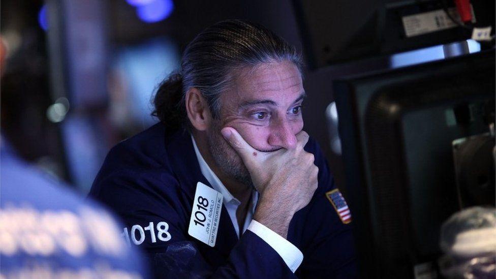 6 perguntas sobre o pânico global que fez as bolsas de valores despencarem temendo uma recessão