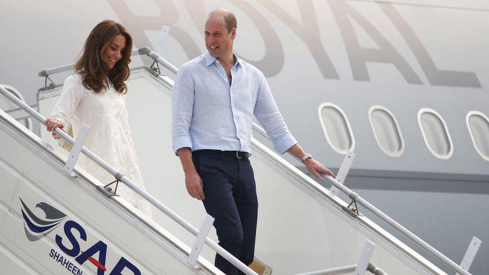 Duke and Duchess of Cambridge: Royal plane aborts landing after Pakistan storms