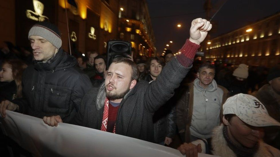 """People protest against the """"social parasites"""" tax in Minsk, Belarus. Photo: 17 February 2017"""