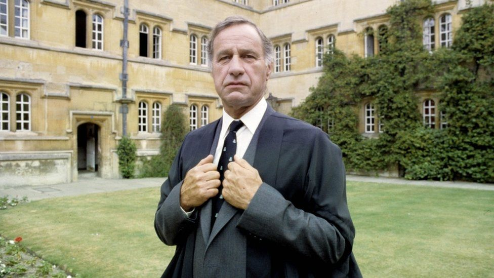 Geoffrey Palmer in an episode of Inspector Morse