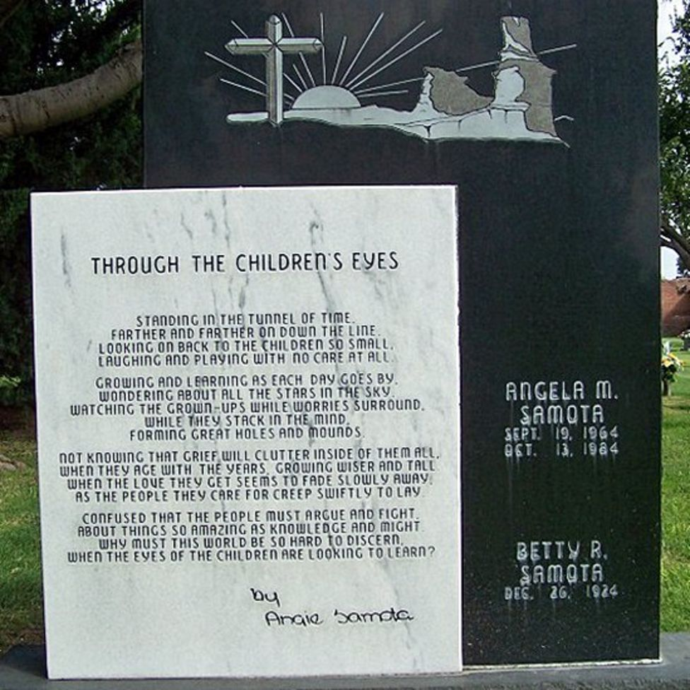 Fotografía de la tumba de Angie.