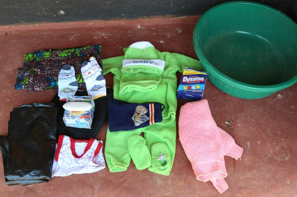 Hazel Shandumba's maternity bag
