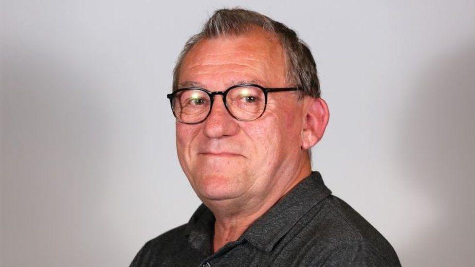Ecologist Simon Curry