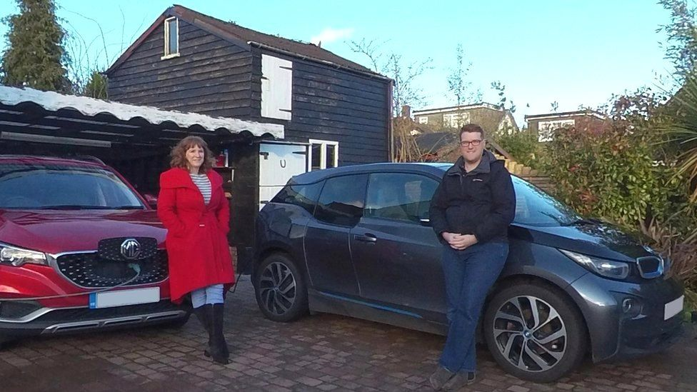 The Jacksons and their electric cars