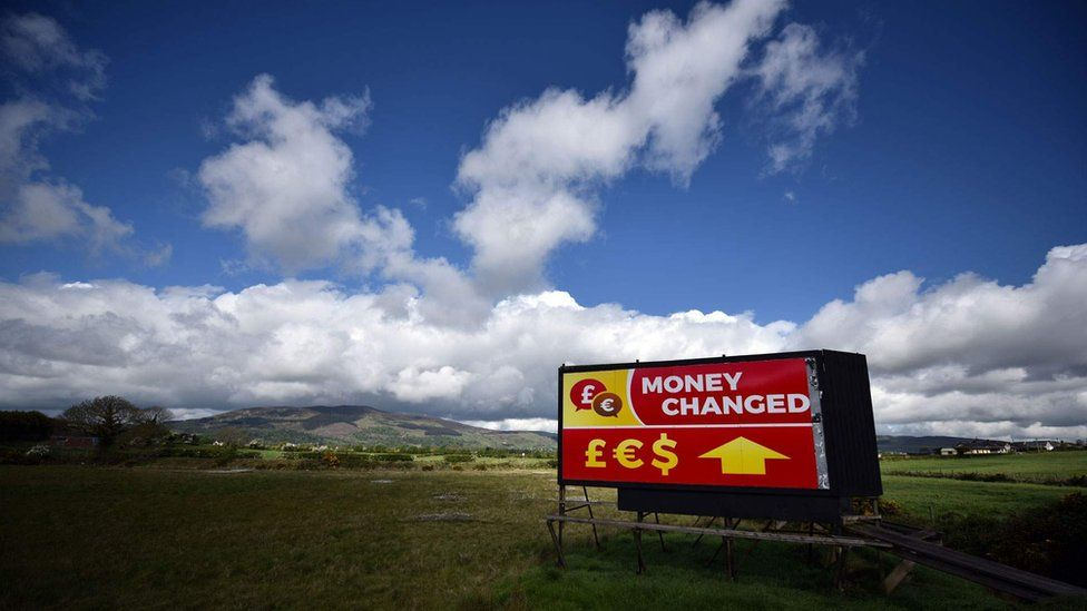 A sign at the Irish border that reads; Money changed