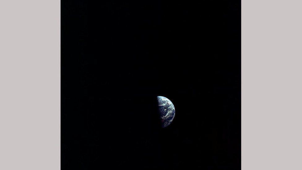 Земля все ближе