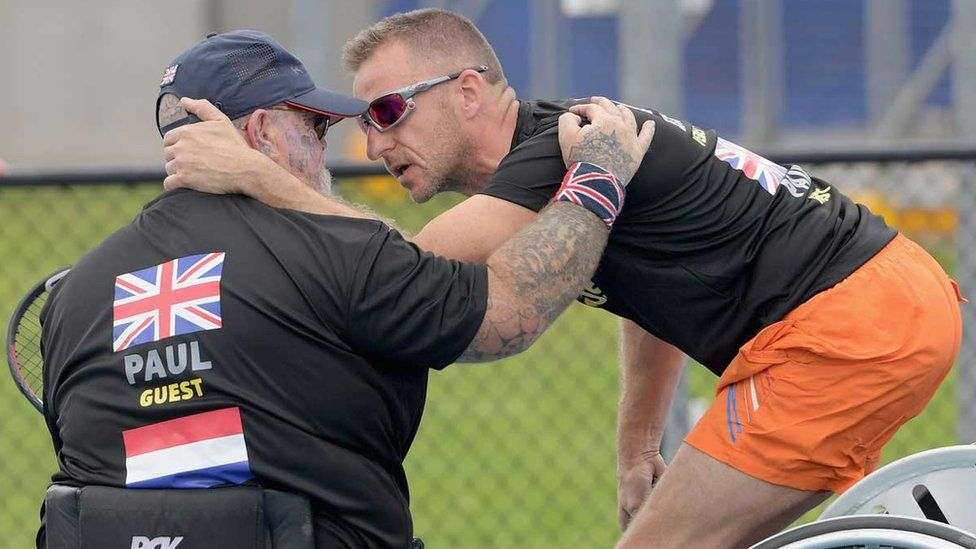 Invictus Games: Athlete comforted in moving on-court moment