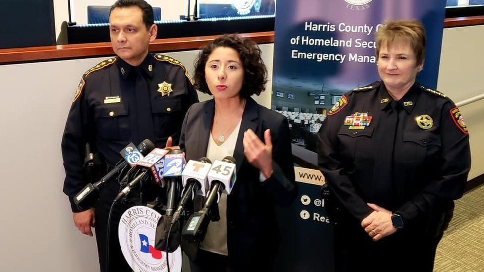 Lina Hidalgo speaks with police