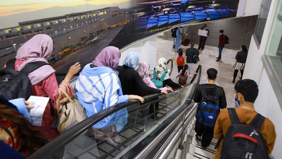A group of 175 Afghan citizens arriving at the Mexico City International Airport.