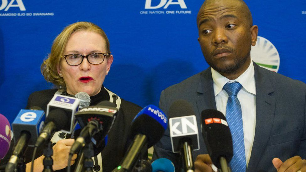 Democratic Alliance leader Mmusi Maimane and Western Cape premier Helen Zille during a media briefing