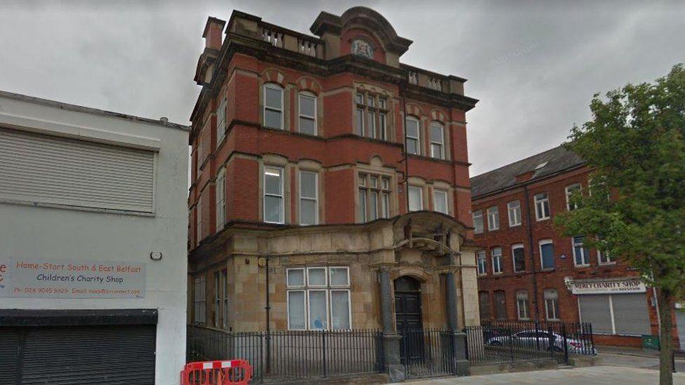Historic listed building on Albertbridge Road