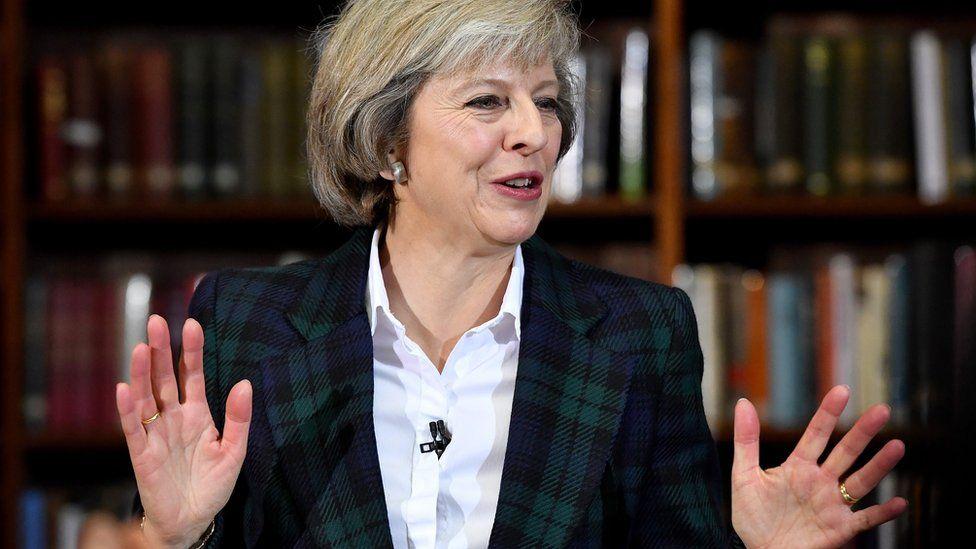 """Quién es Theresa May, la """"dura y astuta"""" mujer que asume como nueva primera ministra de Reino Unido"""