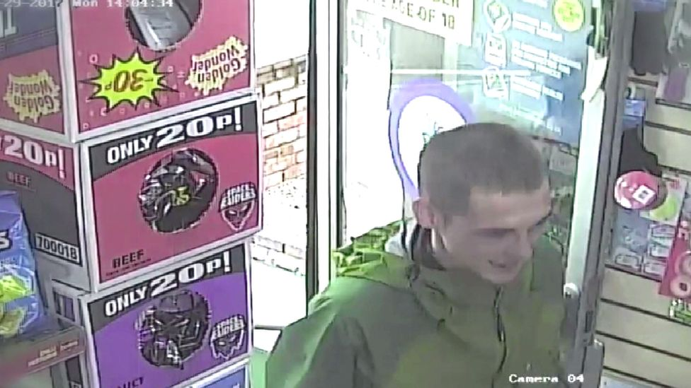 CCTV of David Woods entering a shop
