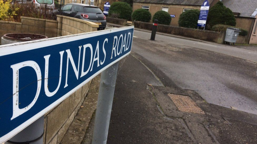 Dundas Road