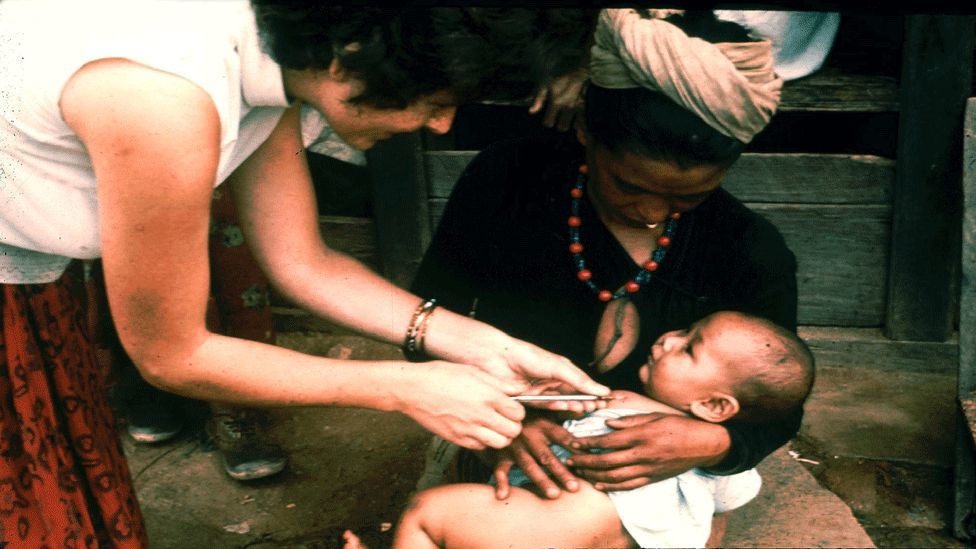 Nurse Jan Patterson giving a BCG vaccination in Dhankuta