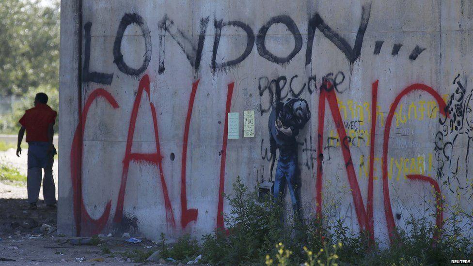 Graffiti which says 'London calling'