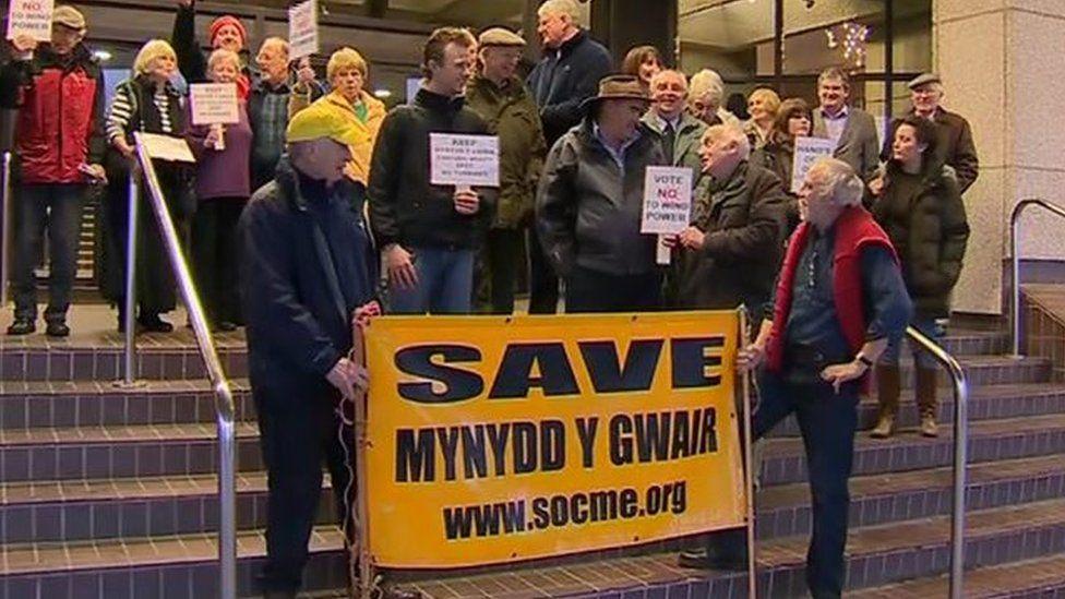 Protest Mynydd y Gwair
