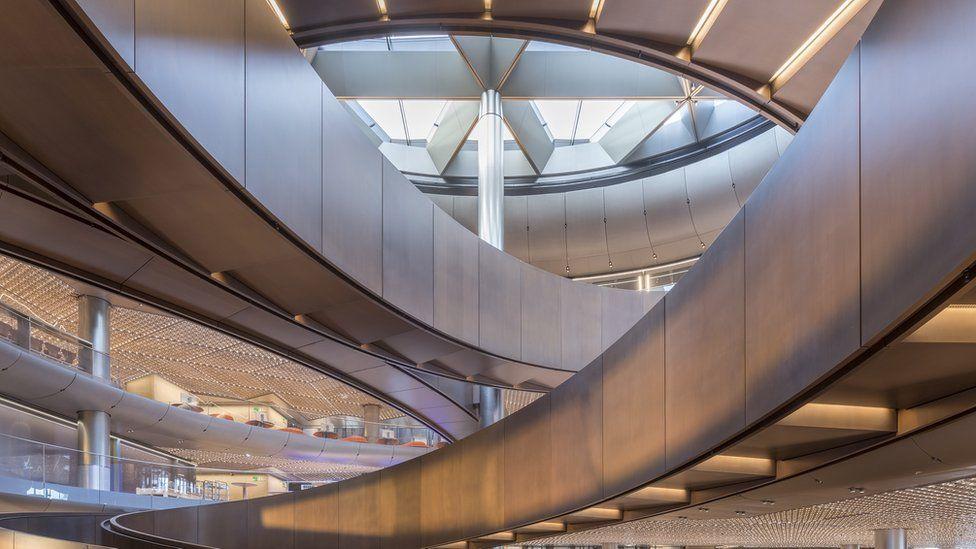imagen del interior de la nueva sede de Bloomberg en Londres. (Foto: Nigel Young/Foster + Partners)