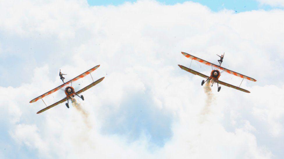 Wingwalkers