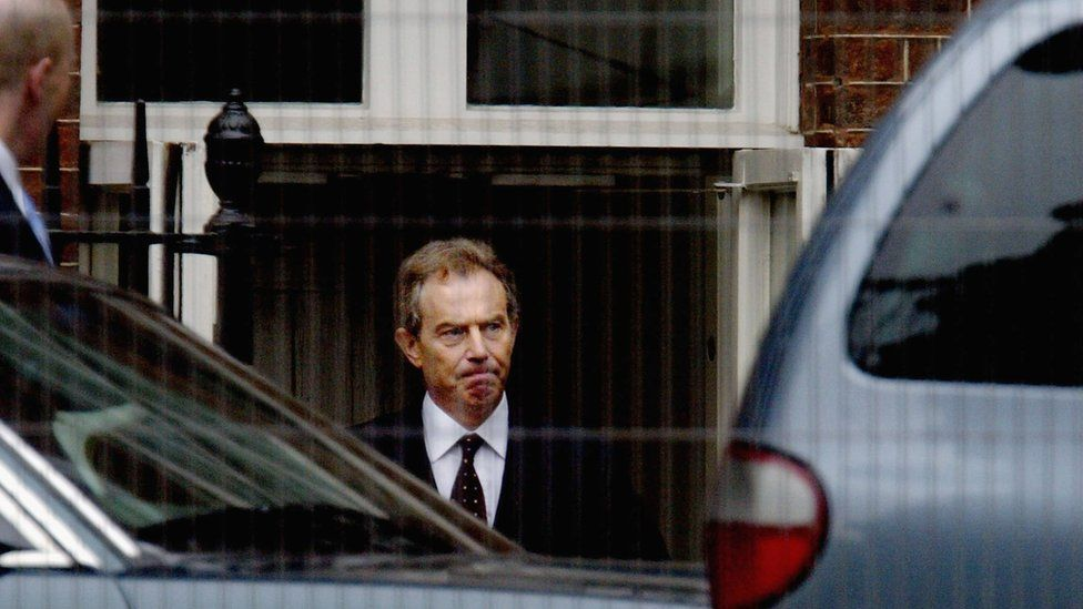 Former Prime Minister Tony Blair on his way to give evidence to the Hutton Inquiry on 28 August 2003