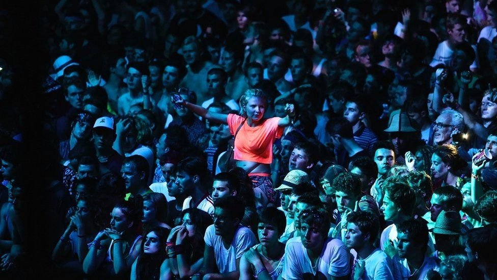 A crowd at the Benicassim festival