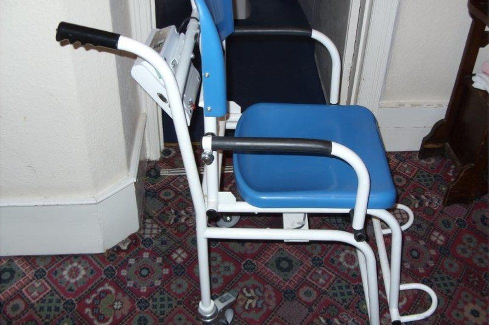Weighing chair at the care home