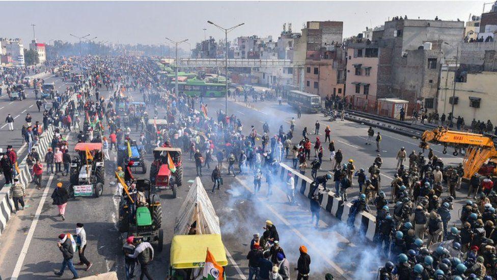 Farmers fought through tear gas to continue their rally
