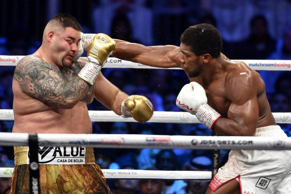 Anthony Joshua boxes with Mexican-American boxer Andy Ruiz Jr