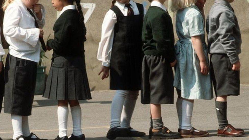 School uniforms, generic