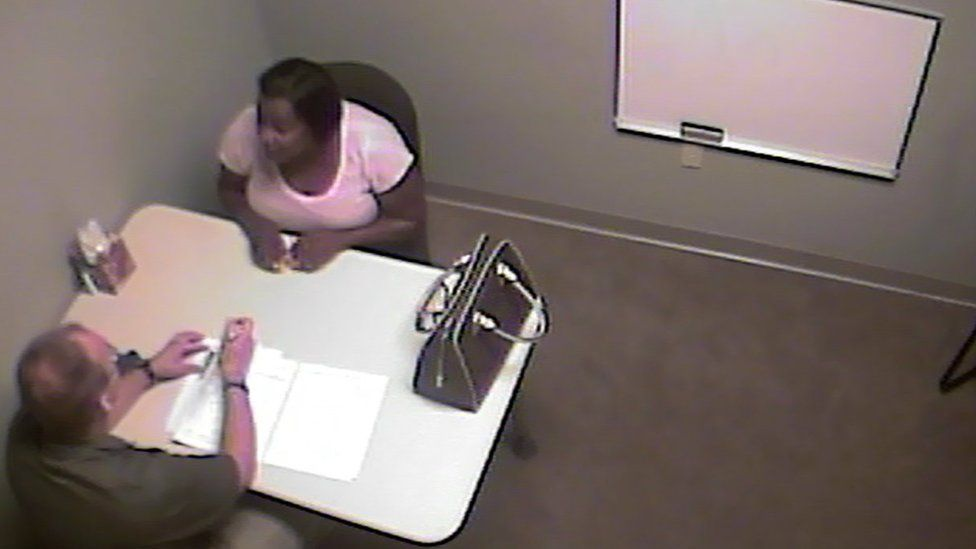 Lashonda Moreland explains to police that she doesn't own a Buick
