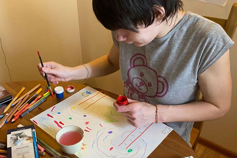 Nina painting