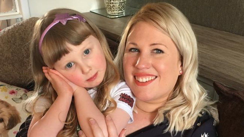 Alex Flowers and her daughter Ruby