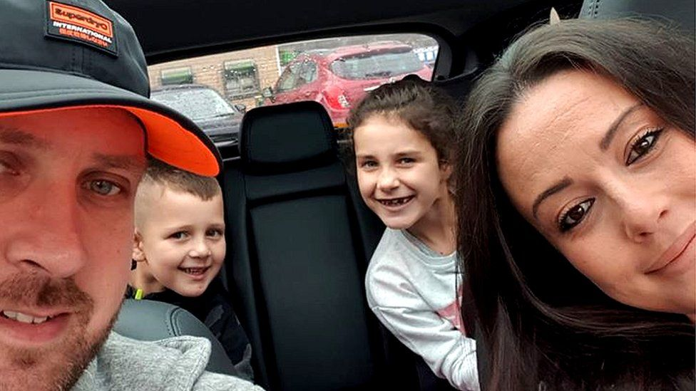 Jamie, wife Ashley and children James and Eva