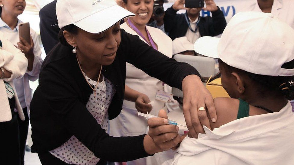 Ethiopian child receives HPV