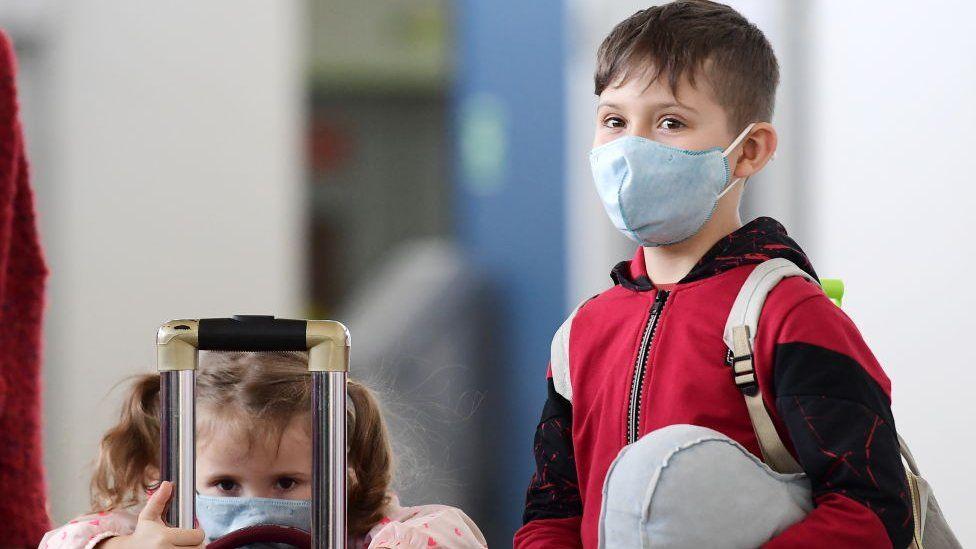 Правда ли, что дети почти не болеют коронавирусом? И если да, то ...