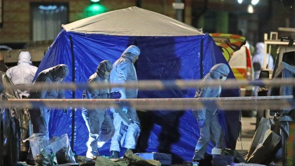 Forensic investigators in Leyton