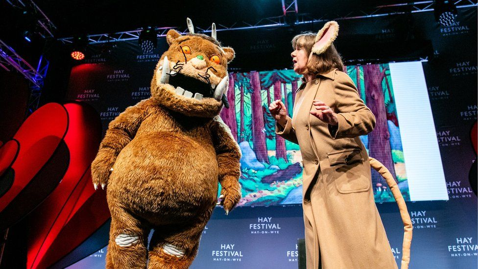 Julia Donaldson on stage with The Gruffalo