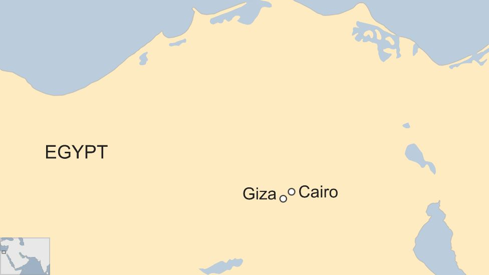 Egypt Explosion Tourists On Bus Injured Near Giza Pyramids Bbc News