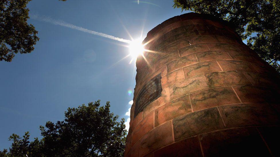 Lockerbie cairn