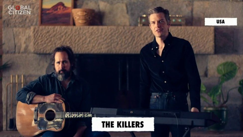 Ronnie Vannucci (left) and Brandon Flowers of The Killers