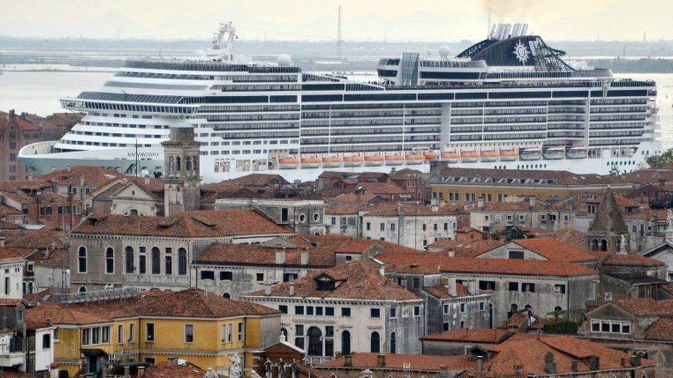 A cruise ship in Venice (file photo)