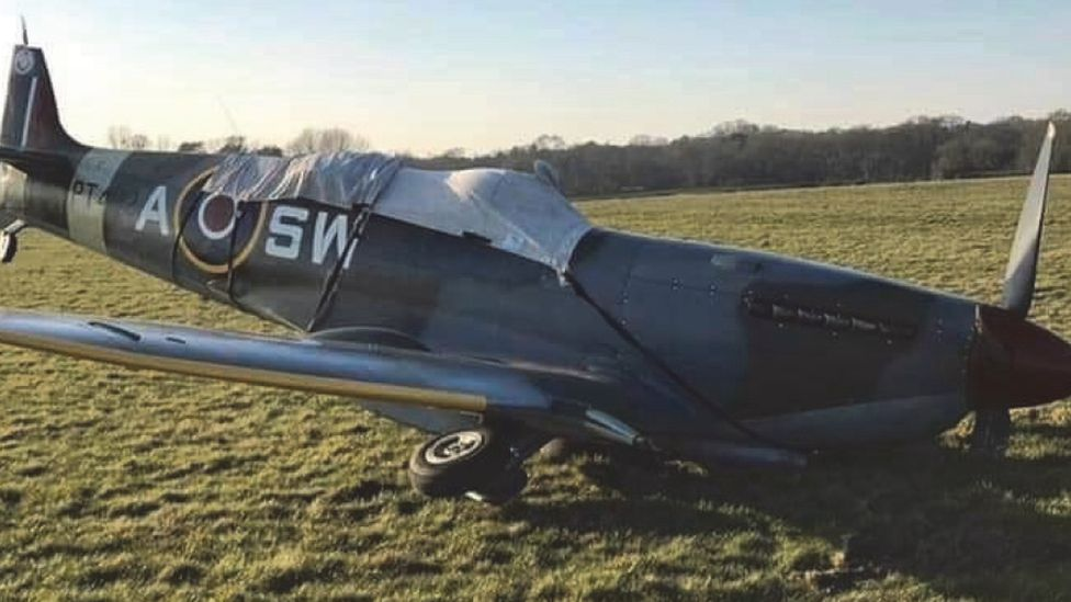 Spitfire crashed at Denham Airfield when wheel collapsed